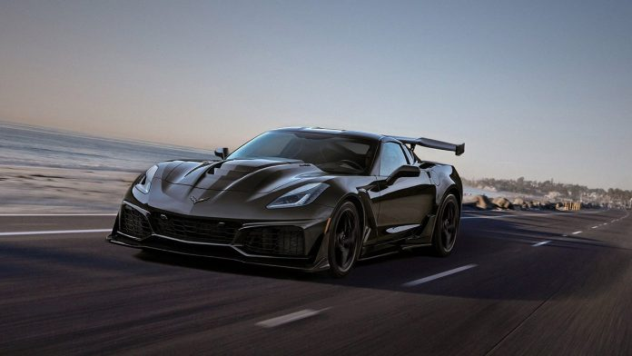 General Motors patenta 'puertas motorizadas' para el Chevrolet Corvette